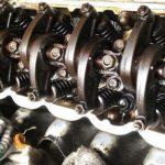 タペット調整 サンバー エンジン整備