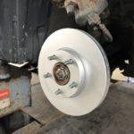 ディスクロータ研磨 ブレーキ整備 ジャダー 亜鉛メッキ